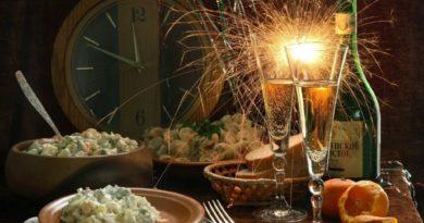 Оливье по классическому рецепту на Новый 2018 год. Лучшие рецепты зимнего салата