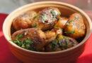 Картофель по деревенски на сковороде – рецепты с пошаговыми фото в домашних условиях