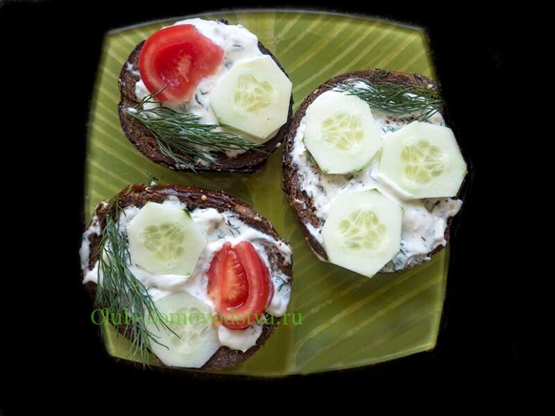 Гренки из черного хлеба с чесноком на сковороде – рецепты чесночных гренок с пошаговыми фото